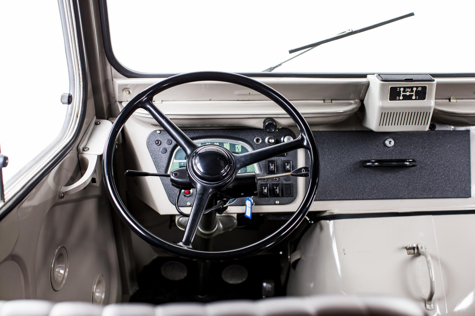 Type H steering wheel