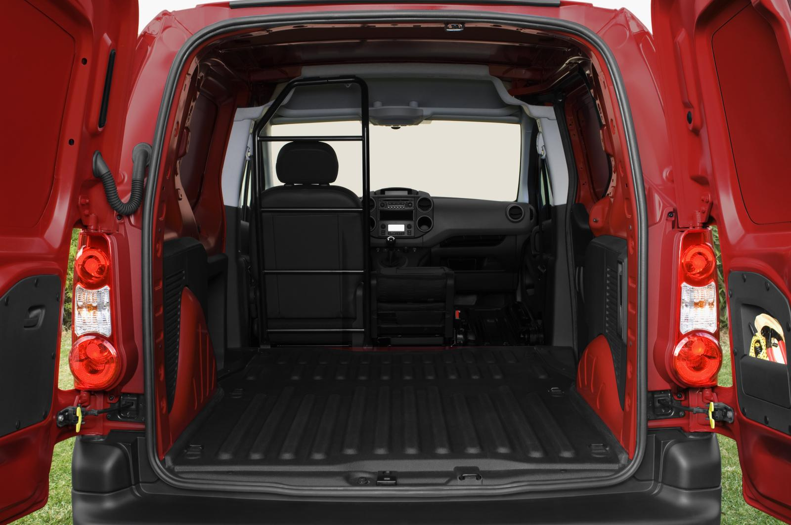 Berlingo 2008 seats folded down