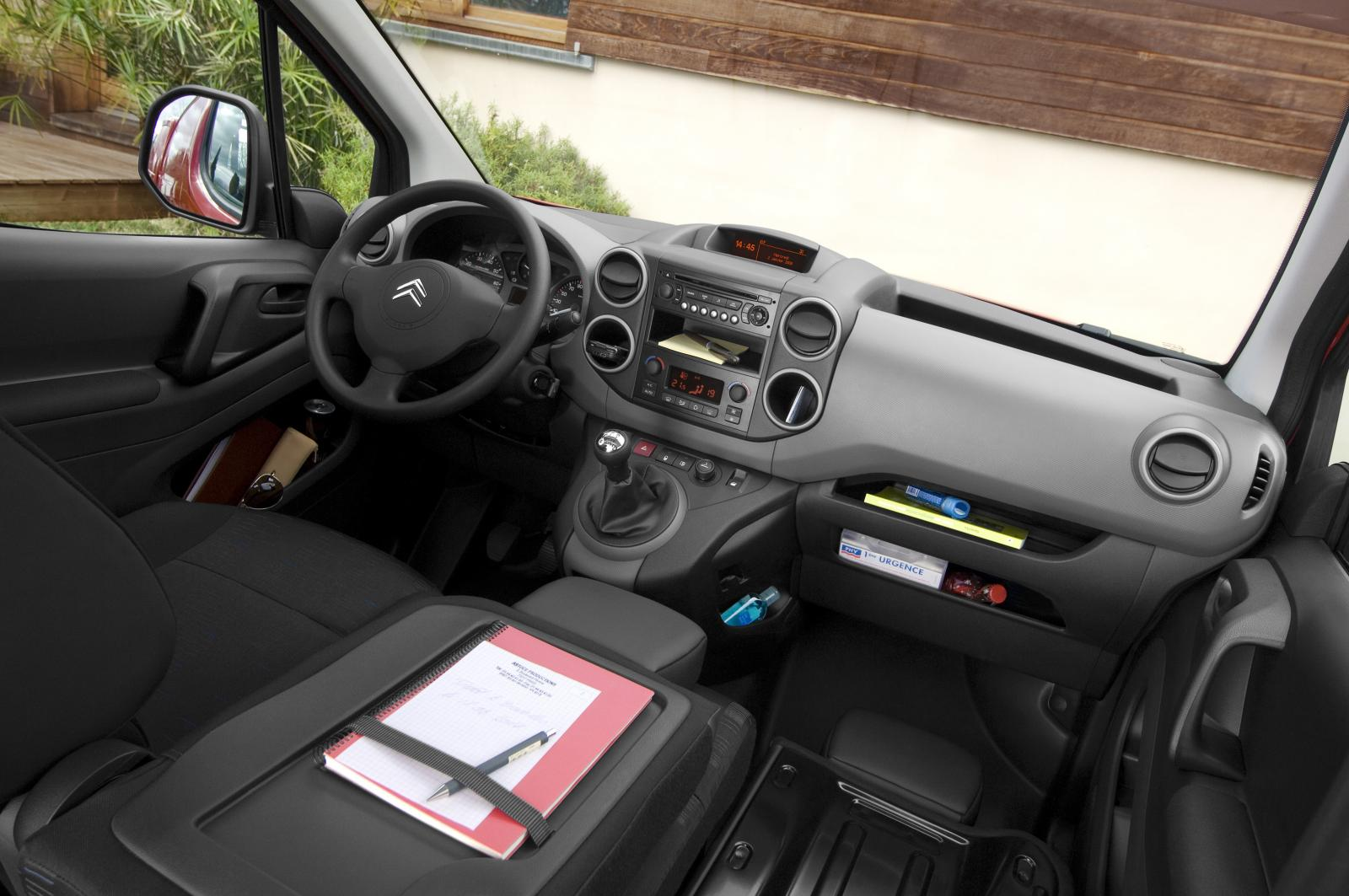 Inside Berlingo 2008