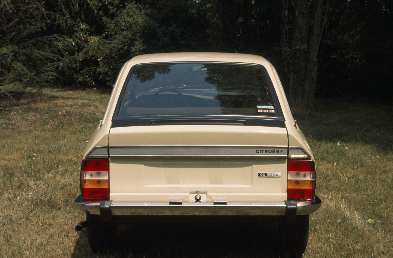GS Club 1977 rear view