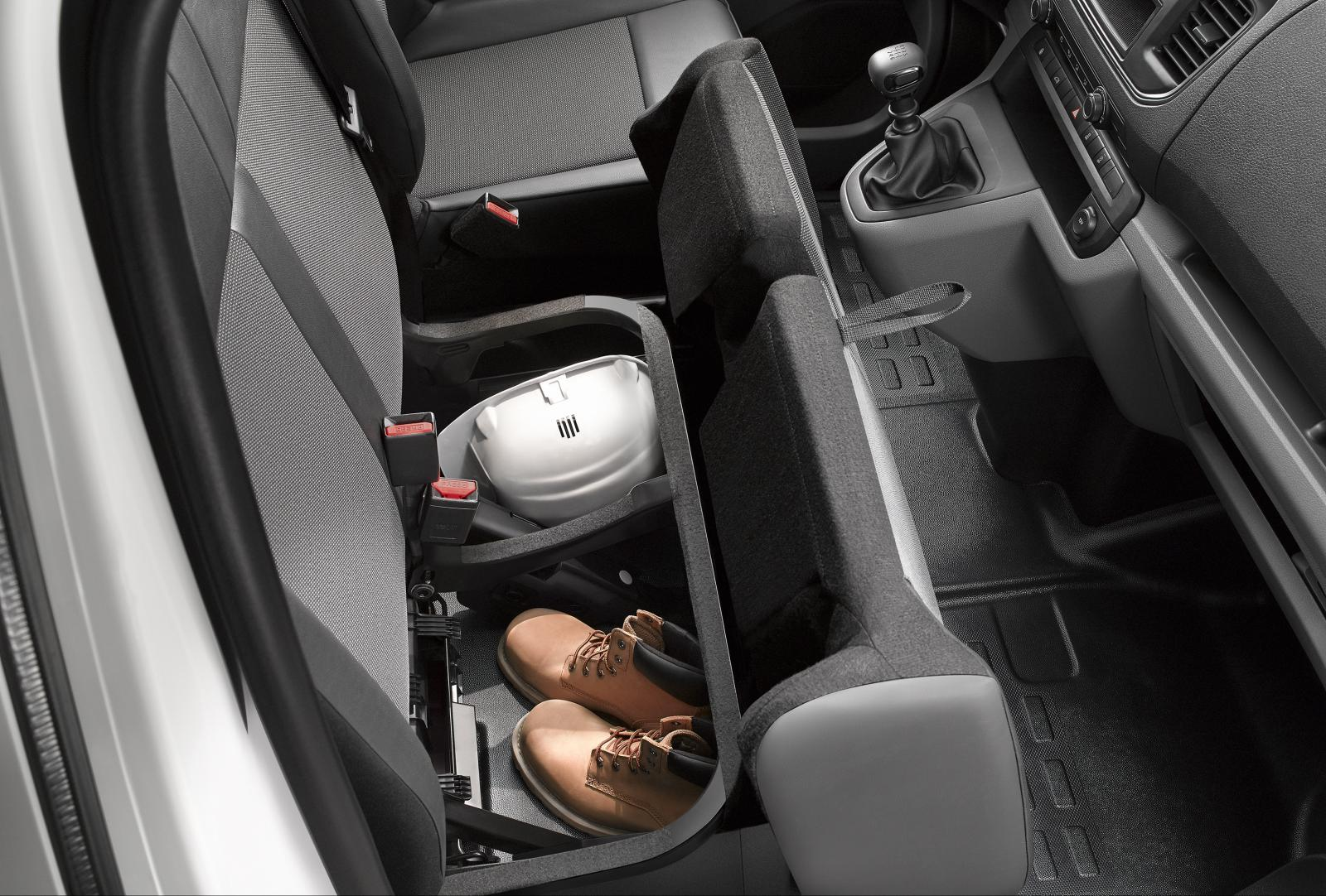Jumpy 3rd generation 2016 storage under seats