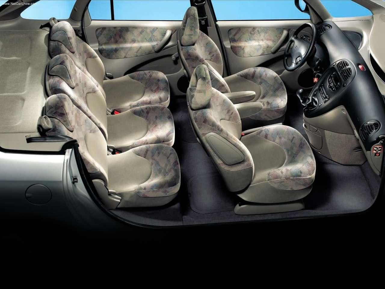 Xsara Picasso passenger compartment